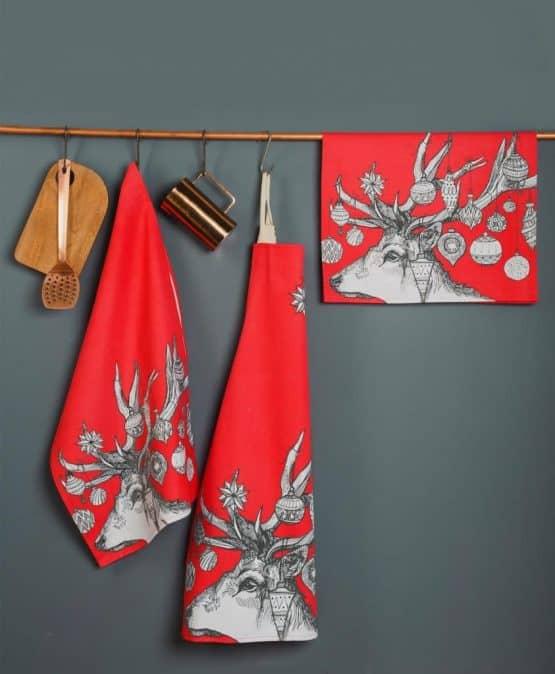 Gillian Kyle, Scottish apron, Scottish breakfast textiles, Scottish stag, red christmas print