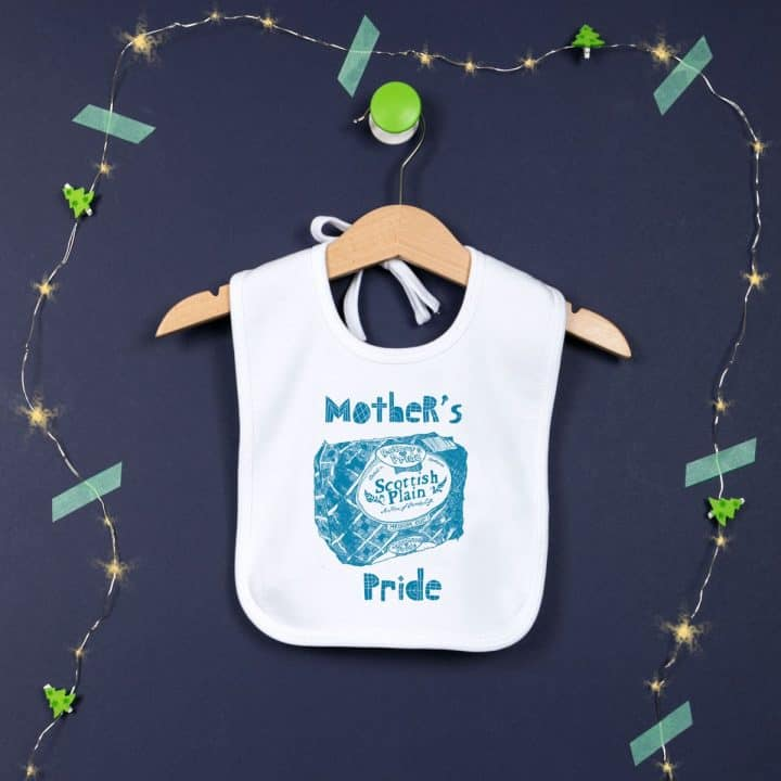 Gillian Kyle, Sottish baby clothing, Scottish baby gift, mothers pride, plain loaf design