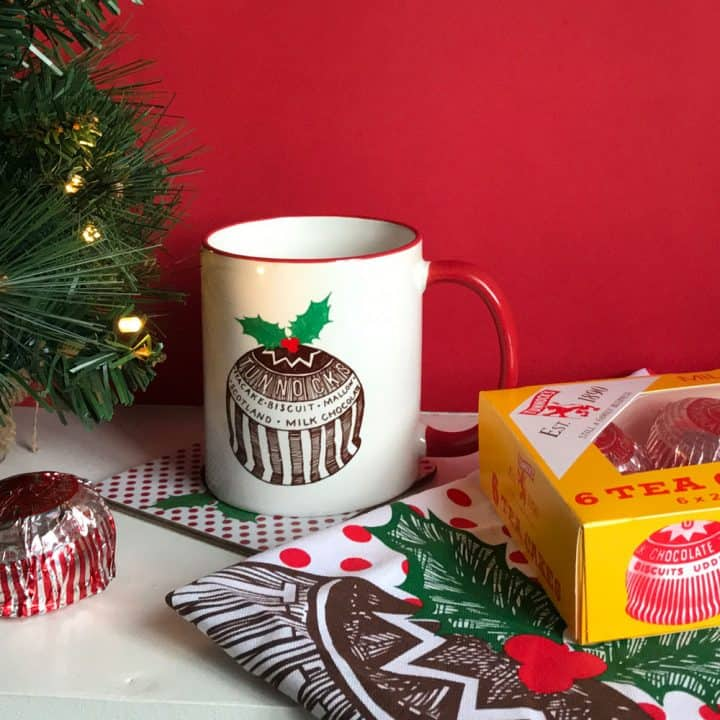 Tunnock's Christmas Pudding Earthenware Mug