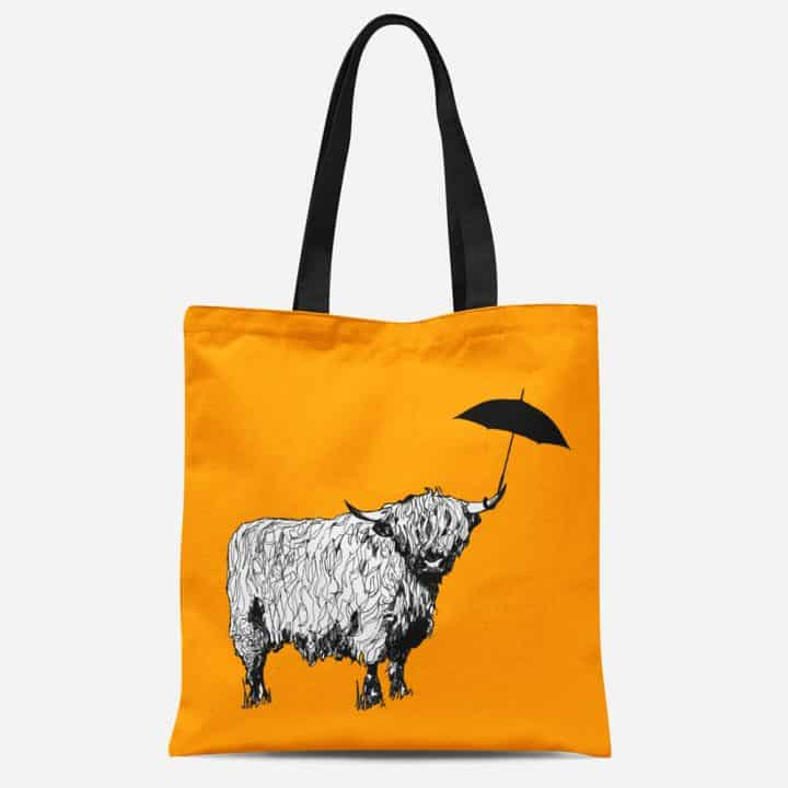 Dougal Highland cow tote